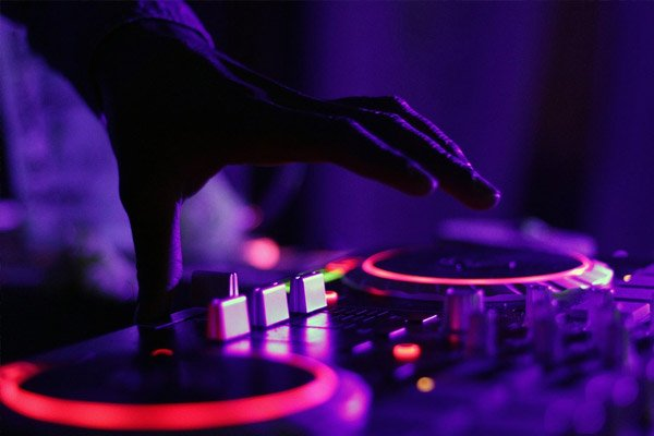 DJ nights Vertigo Trampoline Park